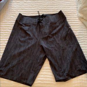 Men's Lululemon Swim Trunks Size 32